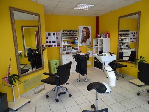 Bild 8 500x99999 - Haarstudio - Friseurs in Rüdnitz